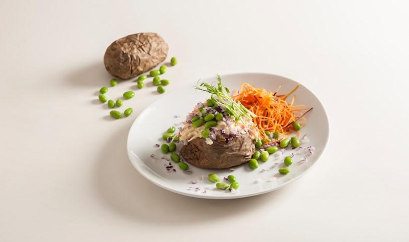 förbaka bakad potatis